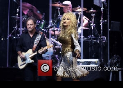 Scientists Name New Lichen Species After Dolly Parton