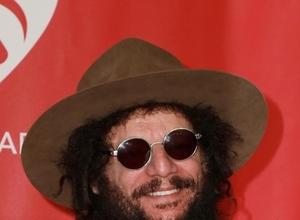 Bob Dylan Clarifies Merle Haggard Remarks