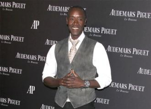 Don Cheadle Wants To Babysit Clooney Twins