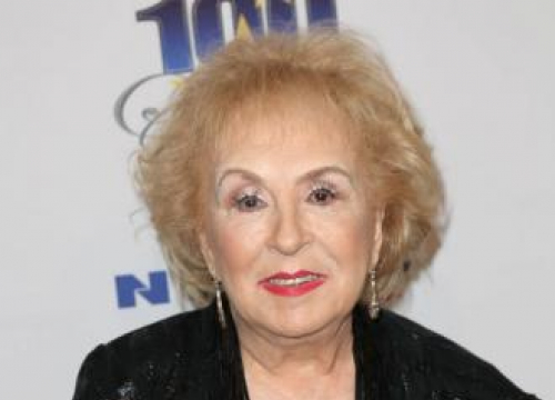 Doris Roberts' Home For Sale For 2,45m