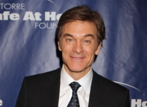 "Dr. Oz Defends Columbia University Appointment After Allegations He Promotes ""Quack"" Medicine"