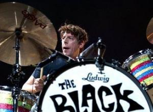 Disaster Strikes For Patrick Carney As The Black Keys Cancel Europe Tour Dates