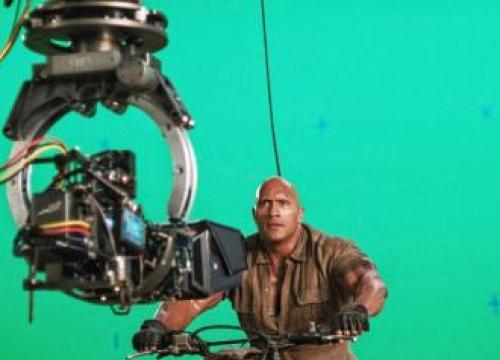 Dwayne Johnson 'Dies' In Jumanji: Welcome To The Jungle