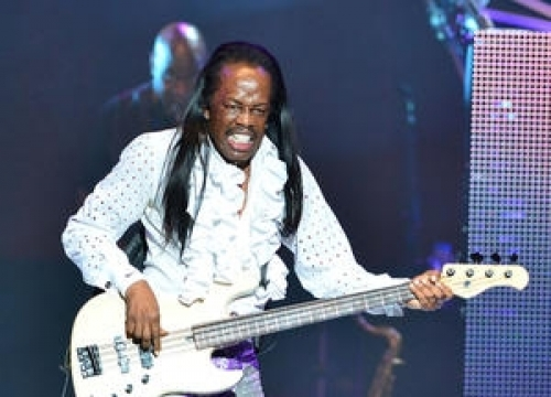 Earth, Wind & Fire To Honour Late Bandmate At Clive Davis Party
