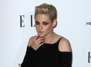 Kristen Stewart To Make Her Debut As A 'Saturday Night Live' Host