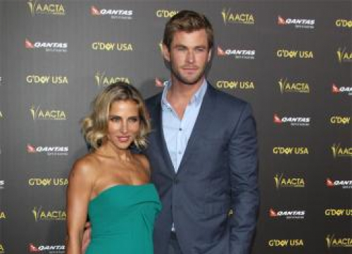Elsa Pataky And Chris Hemsworth Share Room With Snake