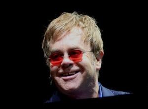 Elton John Calls For Boycott Of Fashion House Dolce & Gabbana Over IVF Comments