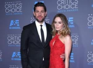 Emily Blunt staged bombed at Critics Choice Awards