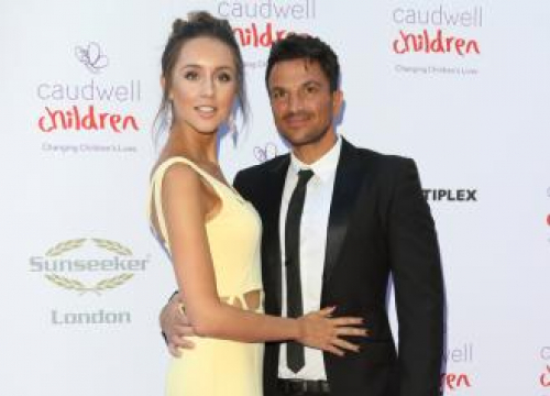 Peter Andre Holding Thomas The Tank Engine Birthday Bash For Son Theo