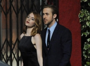 Ryan Gosling And Emma Stone's 'La La Land' Gains Early Oscar Buzz After Venice Debut