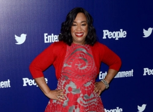 Shonda Rhimes Will Publish First Book 'Year Of Yes' This November