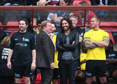Russell Brand Manages Team For Charity Soccer Match