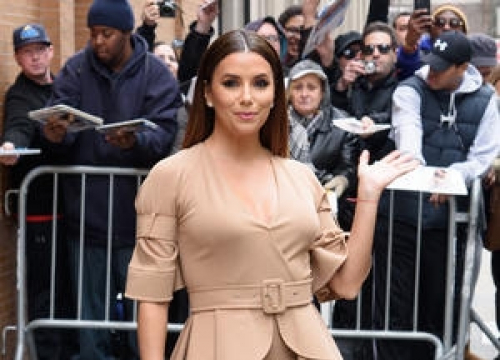 Eva Longoria Relies On Victoria Beckham For Red Carpet Tips