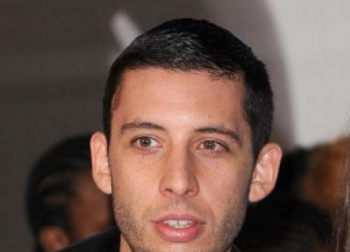 Example 'Scared S***Less' Starring In Between Two Worlds