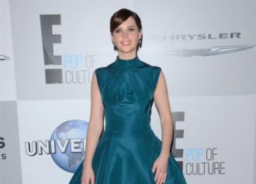 Felicity Jones Felt Like A Star Wars Soldier When Shooting Rogue One