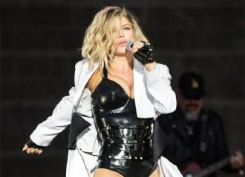 Fergie Signs To Bmg Publishing For Second Lp