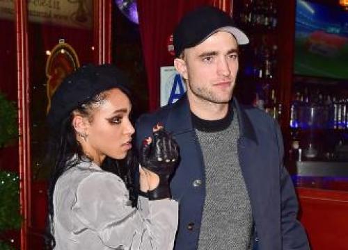 Robert Pattinson 'Still Loves' Fka Twigs