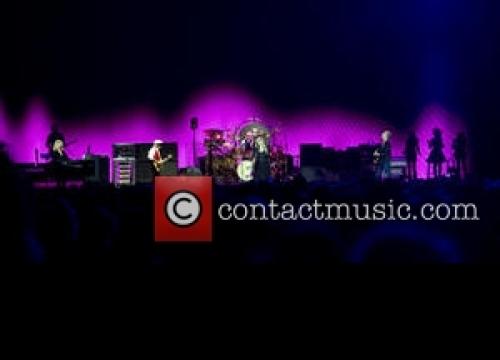 Fleetwood Mac Postpone Concert Due To Illness