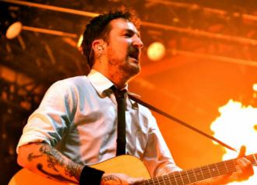 Frank Turner: No Man's Land Is Going To Save Social Life