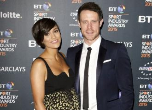 Frankie Bridge expecting a son