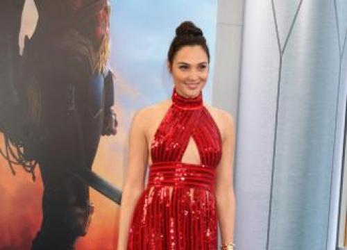 Gal Gadot In Talks To Star In Deeper