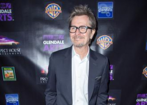 Gary Oldman Got Nicotine Poisoning On Darkest Hour
