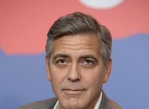 George Clooney & Angelina Jolie VS. Daily Mail - Clooney Refuses Apology & Jolie Takes Legal Action
