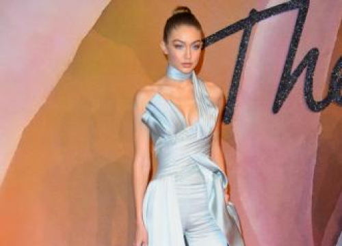 Gigi Hadid Pins Sticky Notes In Her House Telling Her To Exercise