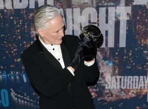 Glenn Close Pays Tribute To Late Mother