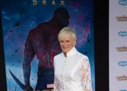 Glenn Close Halted Broadway Show To Tackle Nosebleed