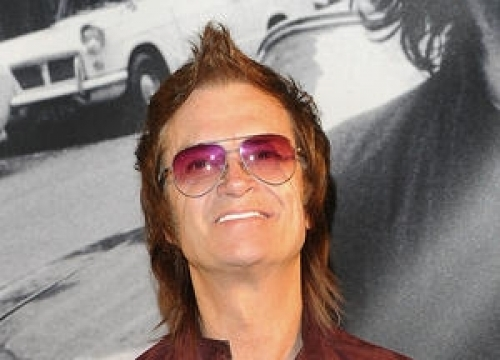 Glenn Hughes Undergoes Double Knee-replacement Surgery