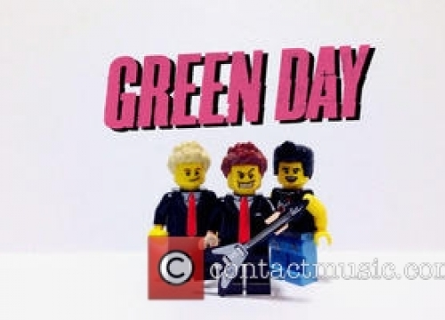 Green Day Crash into Rock'n'Roll Hall of Fame with Emotional Speeches and Powerful Gig