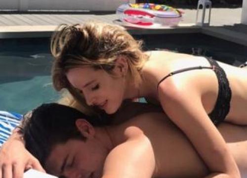 Bella Thorne Cuddles Up To Ex-boyfriend Gregg Sulkin