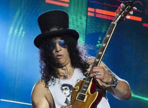 Slash To Unveil New Solo Album With Myles Kennedy