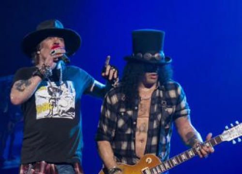 Slash Busying Himself Writing New Guns N' Roses Music In Lockdown