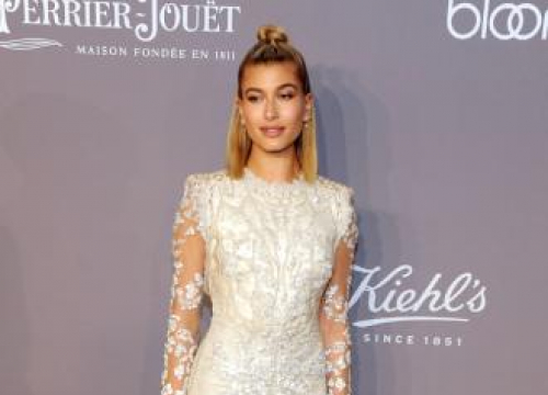 Hailey Baldwin Wants To Be A Doctor