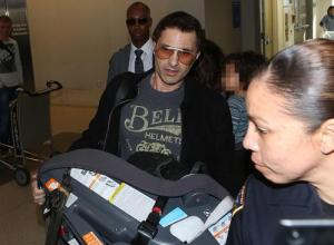 Olivier Martinez Accused of Battery After Run-In With Photographers At LAX