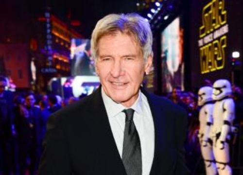 Harrison Ford Dubs Himself A 'Schmuck' After Plane Incident