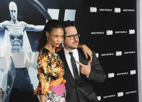 Thandie Newton And J.j. Abrams Defend Sexual Violence In Westworld