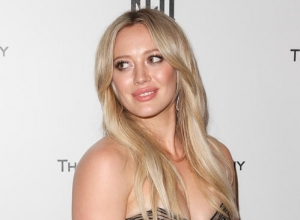 Hilary Duff Reveals She Is On Tinder And Has Plenty Of Dates Lined Up