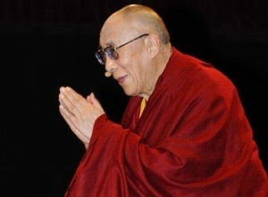 China Issues Warning to Glastonbury Festival over Dalai Lama