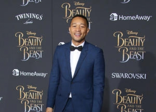 John Legend Clarifies Stolen Luggage Reports