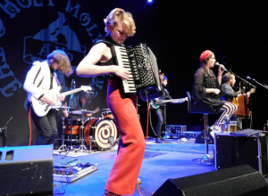 Holy Moly & The Crackers - The Studio at The Marlowe Theatre, Canterbury 31.11.2019 Live Review