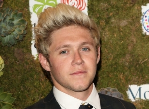 Simon Cowell Hints Niall Horan Will Be Signing A Solo Record Deal With Sony