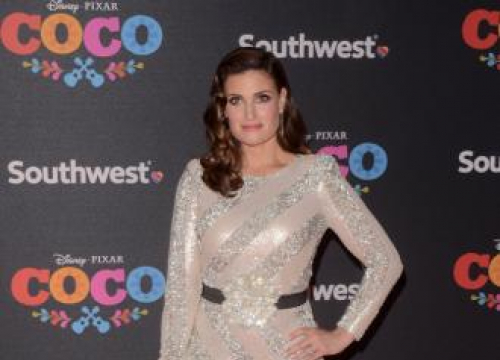 Idina Menzel In Talks To Star In Cinderella