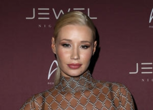 Iggy Azalea And French Montana Get Close In Las Vegas - Report
