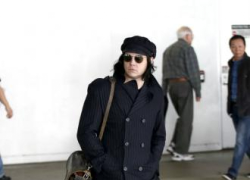 Jack White Won't Play Own Material In Raconteurs Shows