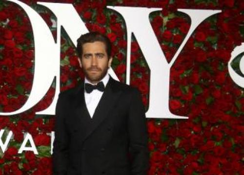 Jake Gyllenhaal Does Not 'feel' Like An Actor