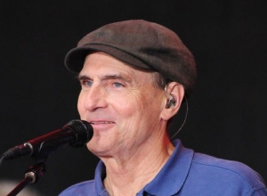 At Last! James Taylor Has His First Ever Billboard Number 1 Album