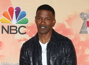 Jamie Foxx Mocks Tinder Users & Announces He's Releasing A New Album, 'Hollywood'
